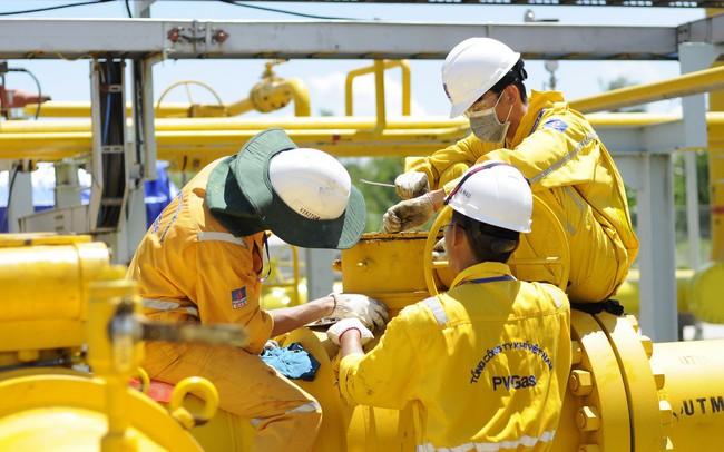"""""""Ông lớn"""" nước ngoài Shell, Total và Tokyo Gas muốn mua 30% cổ phần của PV Gas"""