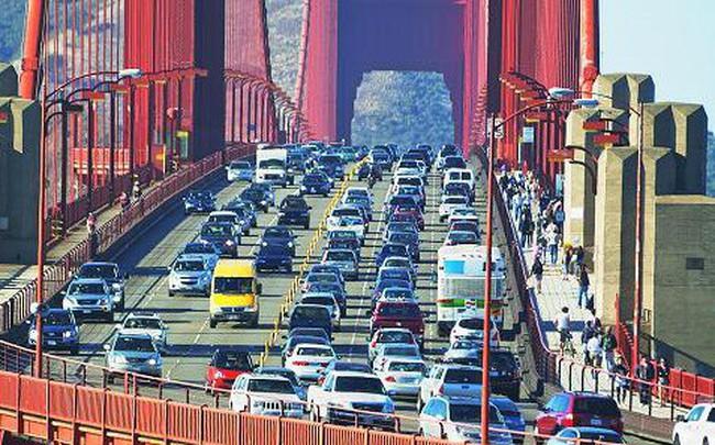 Chỉ riêng ở 3 thành phố này của Mỹ, người ta chi 17 tỷ USD/năm cho xăng xe và 7 tỷ trong số đó bị lãng phí