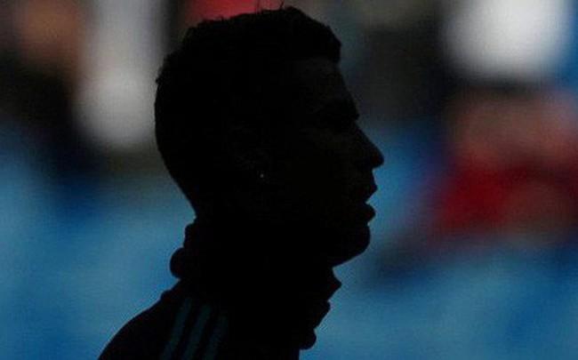"""Báo TBN tiết lộ lời Ronaldo: """"Tôi không học hành, nhưng không ngu và không tin ai cả!"""""""
