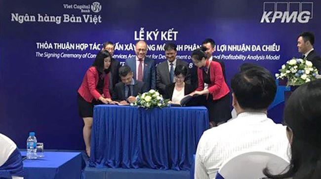 Bản Việt hợp tác KPMG xây dựng mô hình phân tích lợi nhuận đa chiều