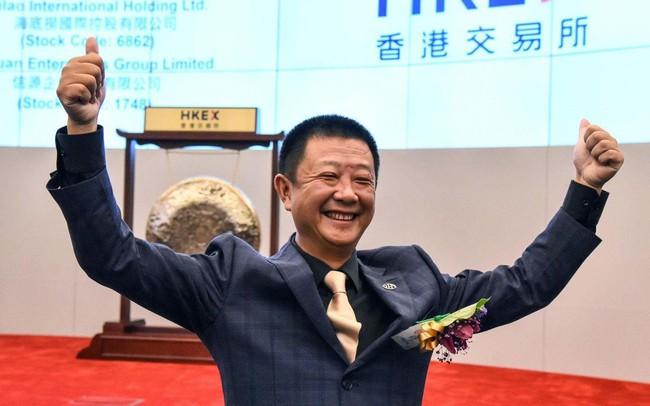 Con đường trở thành tỷ phú từ một công nhân hàn xì của ông chủ chuỗi nhà hàng lẩu nổi tiếng bậc nhất Trung Quốc: Dịch vụ khách hàng là điều quan trọng số 1