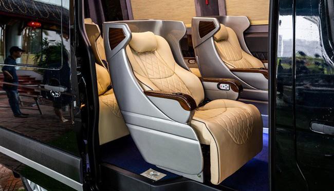 Chiêm ngưỡng nội thất Limousine sang trọng của dòng xe Skybus Solati X Series
