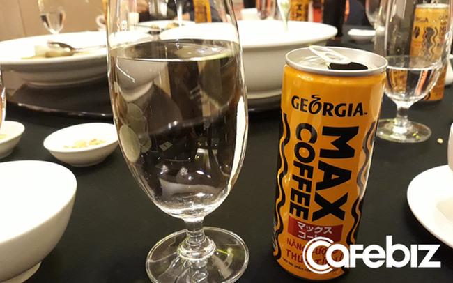 Đại gia Coca-Cola nhảy vào thị trường cà phê lon tại Việt Nam: Ít đường béo hơn Highlands, không pha đậu nành như Nescafé, giá ngang ngửa cà phê lon của Pepsico và Ajinomoto