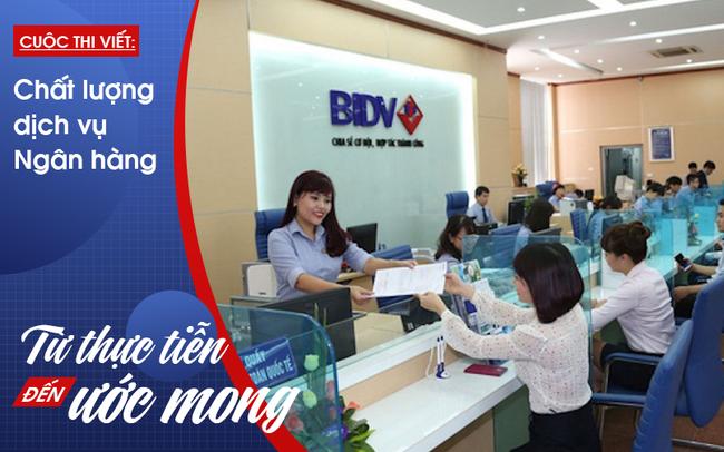 """Lá thư cảm ơn của khách hàng khiến cô nhân viên ngân hàng """"phải"""" rời chi nhánh"""