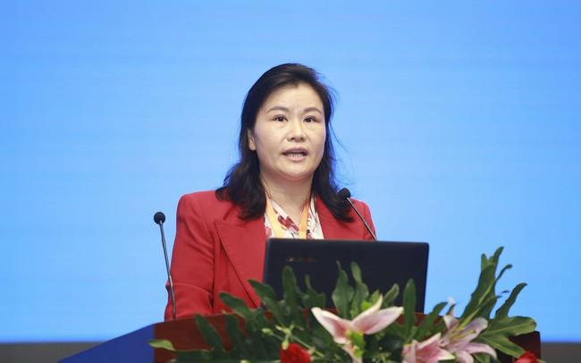 """Nữ tỷ phú tự thân Trung Quốc đang trở thành """"kẻ thua cuộc thảm hại nhất"""" trong cuộc tháo chạy của các nhà đầu tư"""