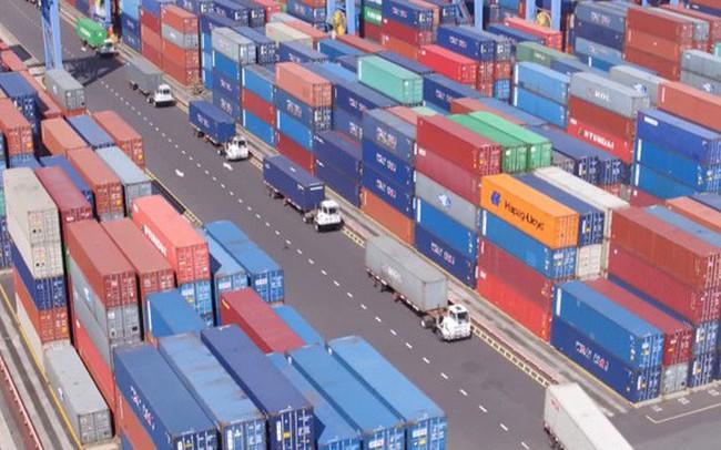 Hơn 4.900 container vô chủ tồn đọng được xử lý như thế nào?