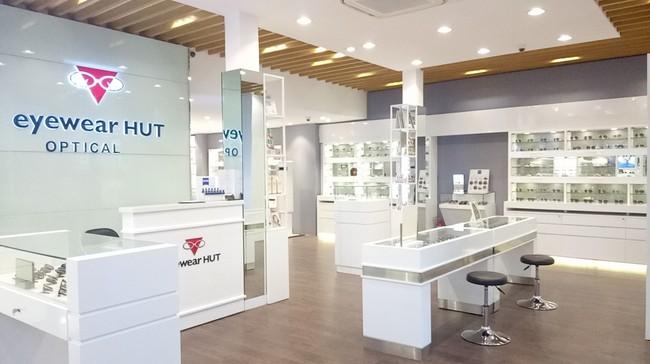 Ưu đãi mua 1 tặng 1 nhân dịp khai trương showroom Eyewear HUT Optical
