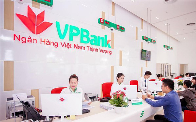Lợi nhuận của VPBank quý 3 tiếp tục giảm, nợ xấu và dự phòng đều tăng