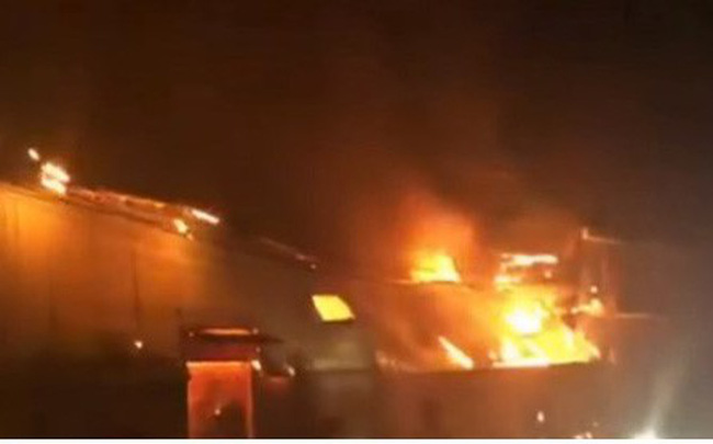 Cháy lớn tại khu làng nghề mộc ở Đồng Nai