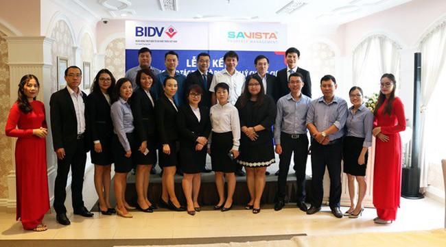 Lễ ký kết hợp đồng hợp tác thu hộ phí quản lý chung cư giữa SAVISTA và Ngân hàng BIDV CN Trường Sơn