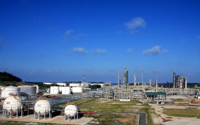 Dòng tiền đổ mạnh vào nhóm dầu khí, Vn-Index tiếp đà tăng điểm