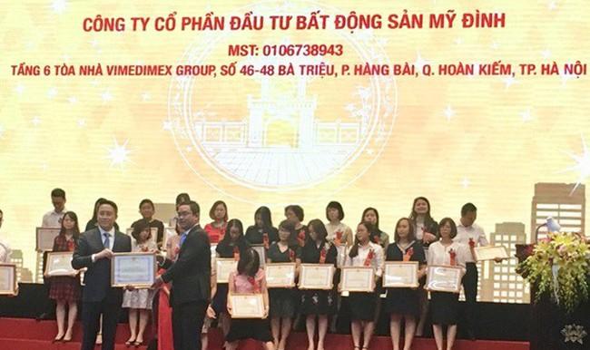CĐT dự án The Emerald nhận Giấy khen của Cục thuế TP Hà Nội về thực hiện tốt chính sách pháp luật thuế