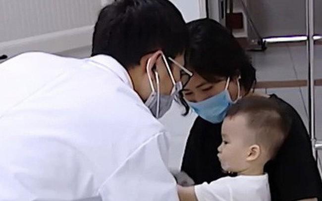 Virus tay chân miệng từng khiến hơn 100 trẻ tử vong nguy hiểm thế nào?
