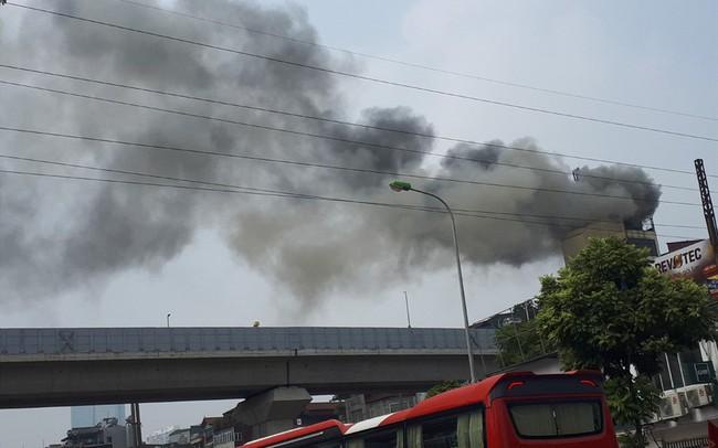 Cháy quán Karaoke trên phố Hào Nam: Do chủ nhà đốt vàng mã ngày mùng 1