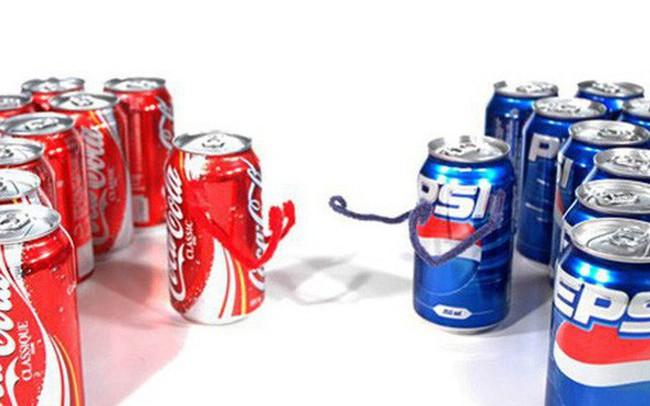 """""""Sống chết"""" đọ mùi vị với Coca, nhưng tại sao Pepsi lại """"báo cảnh sát"""" khi được nhân viên """"phản trắc"""" ở Coca chào bán công thức bí mật của đối thủ?"""
