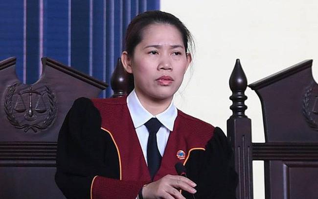 Nữ thẩm phán chặn lời khai 'lan man, không hiểu gì cả' của cựu tướng Hóa