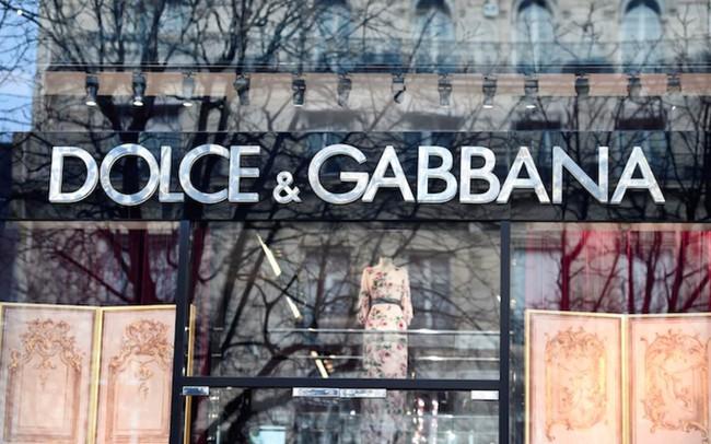 Trung Quốc đồng loạt tẩy chay Dolce & Gabbana, gỡ tất cả sản phẩm ra khỏi các nền tảng mua sắm trực tuyến
