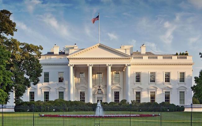 Nhà Trắng dội gáo nước lạnh vào hy vọng sớm đạt thỏa thuận thương mại Mỹ - Trung
