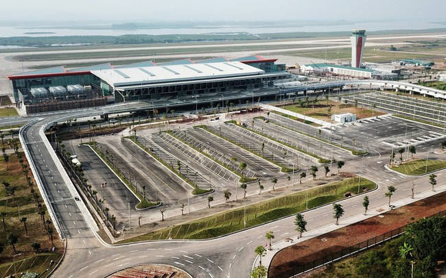 Đề xuất khai thác chuyến bay thương mại đầu tiên tại Vân Đồn từ ngày 30/12