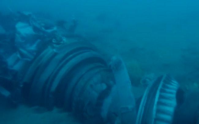 Hình ảnh kinh hoàng: Xác máy bay Lion Air nát vụn dưới đáy biển