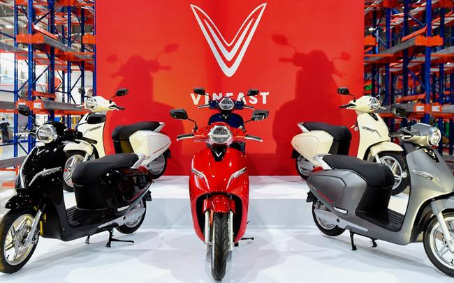 Cuộc chiến xe điện xe xăng trên thế giới và câu chuyện Vinfast từ Việt Nam