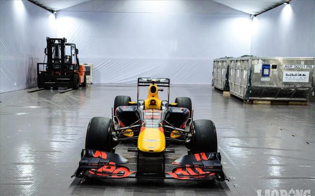 Mãn nhãn ngắm siêu xe trong buổi đăng cai giải đua xe F1 của Việt Nam