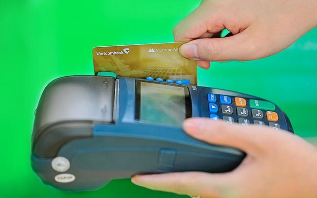 Thanh toán không dùng tiền mặt đang tăng rất nhanh