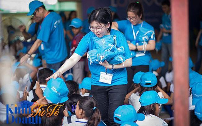 Khi người khổng lồ Samsung đi làm tình nguyện: 400 nhân viên mỗi ngày, kéo dài liên tục trong 1 tháng ở hơn 30 quốc gia
