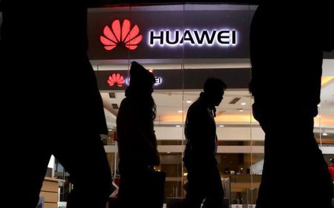 Đế chế Huawei hùng mạnh, tâm huyết một đời của Nhậm Chính Phi, có thể bị huỷ hoại dưới tay ông Trump