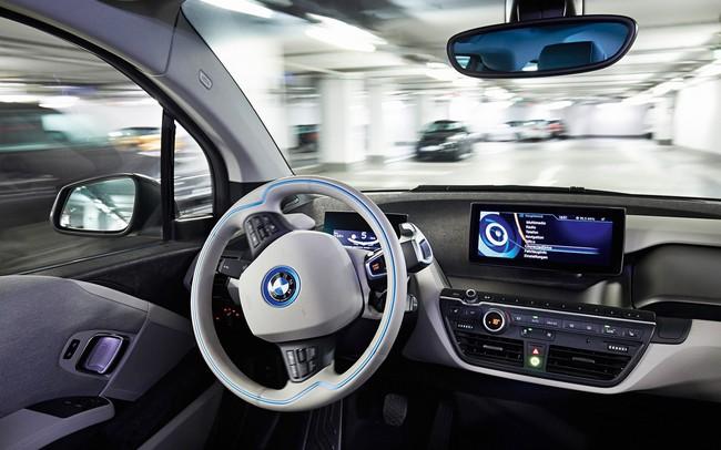 Waymo ra mắt dịch vụ taxi không người lái với tốc độ chóng mặt