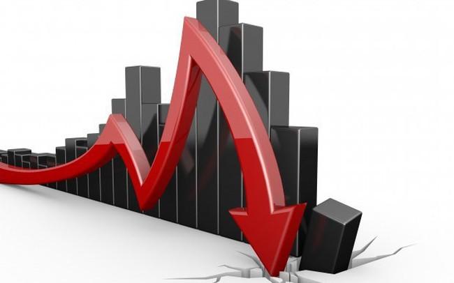 Thị trường ngày 11/12: Giá dầu quay đầu sụt mạnh theo đà lao dốc của thị trường chứng khoán