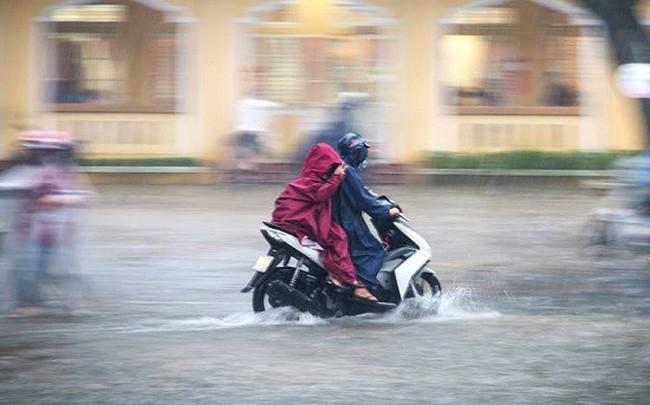 Không khí lạnh tăng cường, miền Trung tiếp tục mưa lớn diện rộng