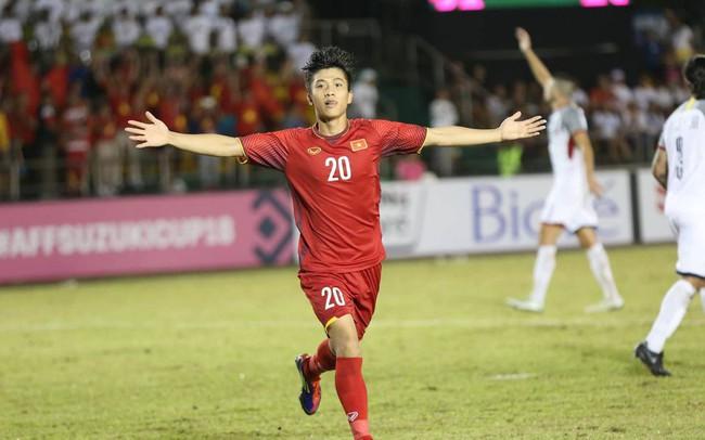 Thắng 2-1 trên sân khách, tuyển Việt Nam có lợi thế lớn trước trận bán kết lượt về