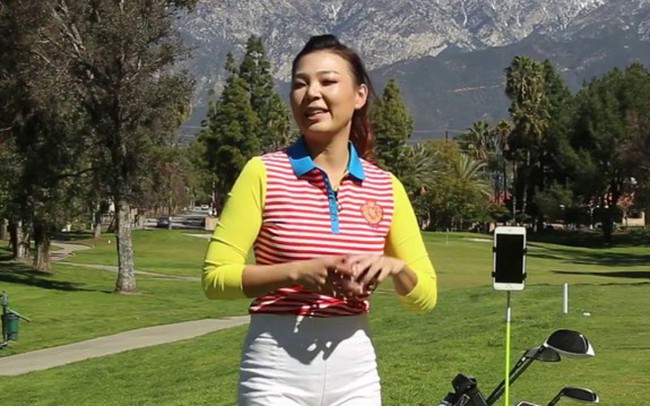 Video học golf cùng HLV xinh đẹp Aimee Cho: Nếu bạn có con và bé muốn chơi golf, hãy lưu ý điều này để tránh chấn thương