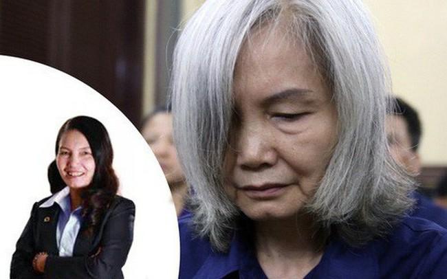 """Người phụ nữ tóc bạc bật khóc tại toà vì """"cảm thấy xấu hổ với truyền thống gia đình"""""""
