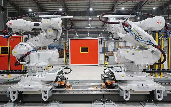 Bán robot cho Vinfast, Tập đoàn Thụy Sĩ ABB mở Trung tâm Kỹ thuật và Dịch vụ Robot đầu tiên ở Việt Nam