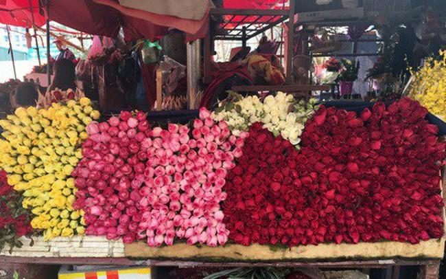 Hoa tươi đắt kỷ lục, cháy hàng trong dịp Valentine - ảnh 1