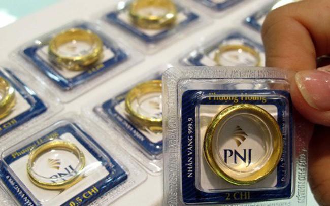 Giá vàng ngày 30 Tết được đẩy lên gần 37,5 triệu đồng/lượng