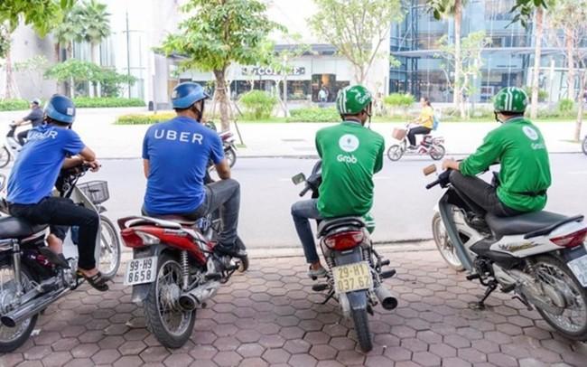 Vì sao không khống chế mức cước trần của Uber và Grab?