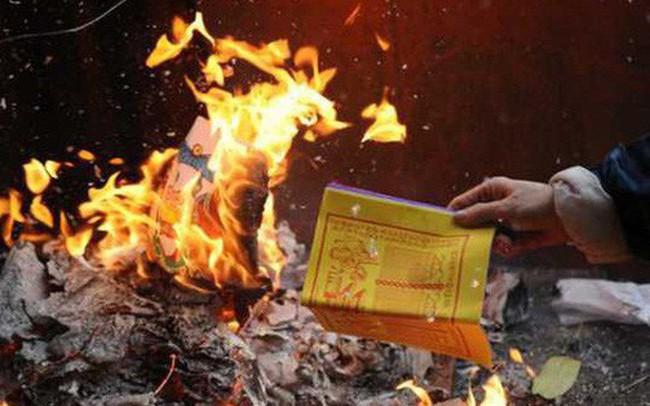 Làm lễ hóa vàng ngày mùng 3 Tết sao cho đúng?