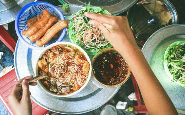 Ở Hà Nội, đầu năm mà la cà quán xá thì ăn gì cho đỡ ngấy?
