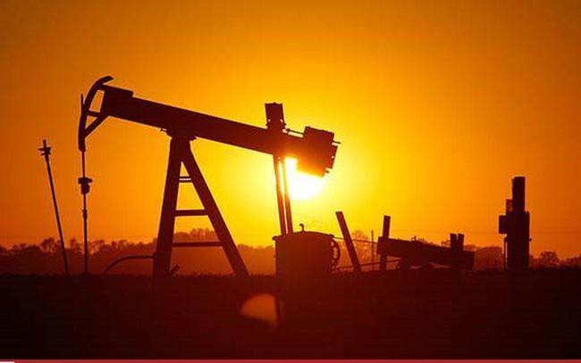 Giá dầu tăng vọt sau dự báo của Goldman Sachs