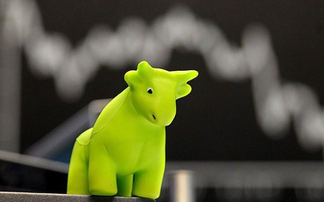Khối ngoại mua ròng phiên thứ 3 liên tiếp, thị trường lấy lại sắc xanh trong phiên cuối tuần
