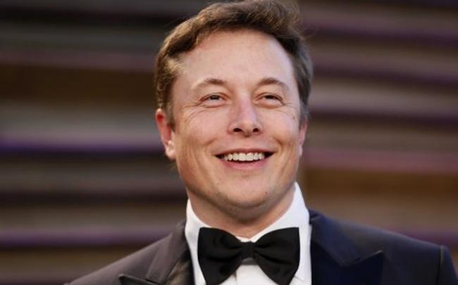 Tỷ phú Elon Musk đang sở hữu bao nhiêu bitcoin?