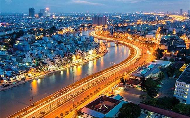 Bloomberg: Chứng khoán Việt Nam lấy lại ngôi vương, trên đà vượt đỉnh lịch sử