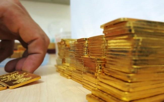 Giá vàng quay đầu giảm phiên cuối tuần