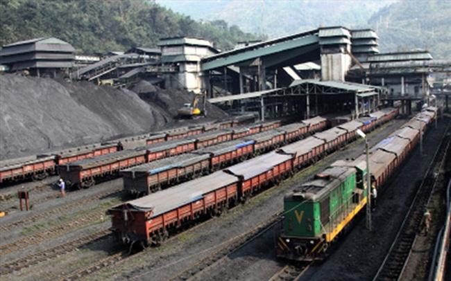 Ngành than còn tồn kho trên 10 triệu tấn