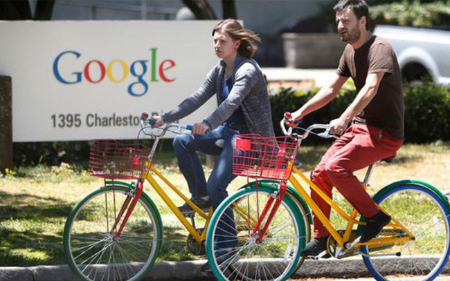 """Google lần đầu tiên gia nhập """"câu lạc bộ"""" doanh thu 100 tỷ USD"""