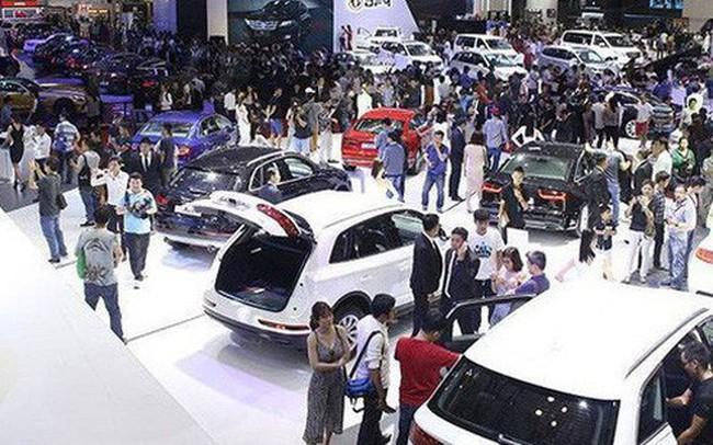 Cả tuần chỉ nhập khẩu được 3 ôtô con, xe nhập khan hàng?