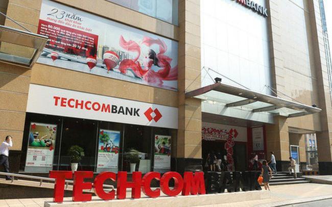 Em gái phó chủ tịch Techcombank Nguyễn Thiều Quang vừa bán 30.000 cổ phiếu TCB